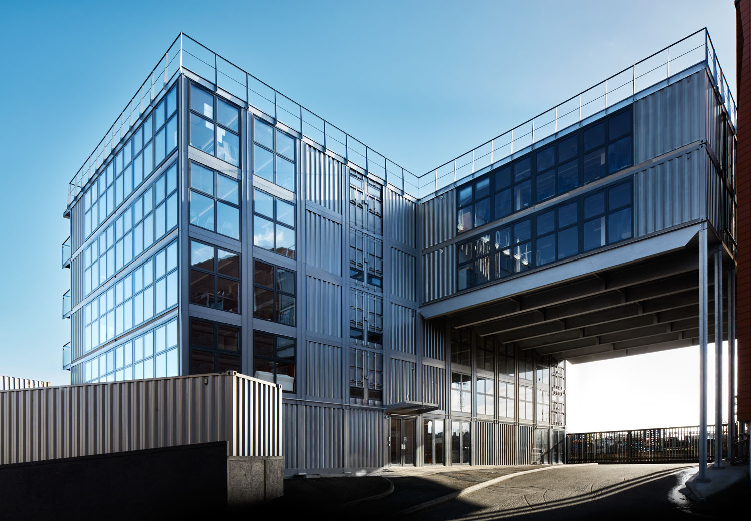 Container city building wins best office building award for Best builder construction